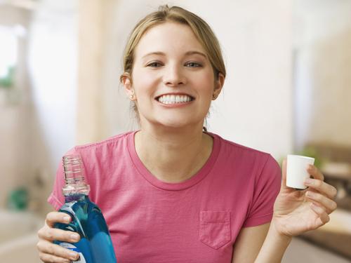 chăm sóc răng sau khi lấy cao răng 3
