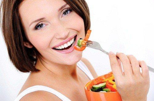 Lưu ý về chế độ ăn uống sau khi niềng răng